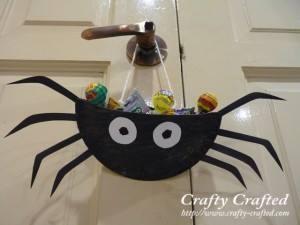 somummy-idee-deco-halloween-recup-araignee (2)